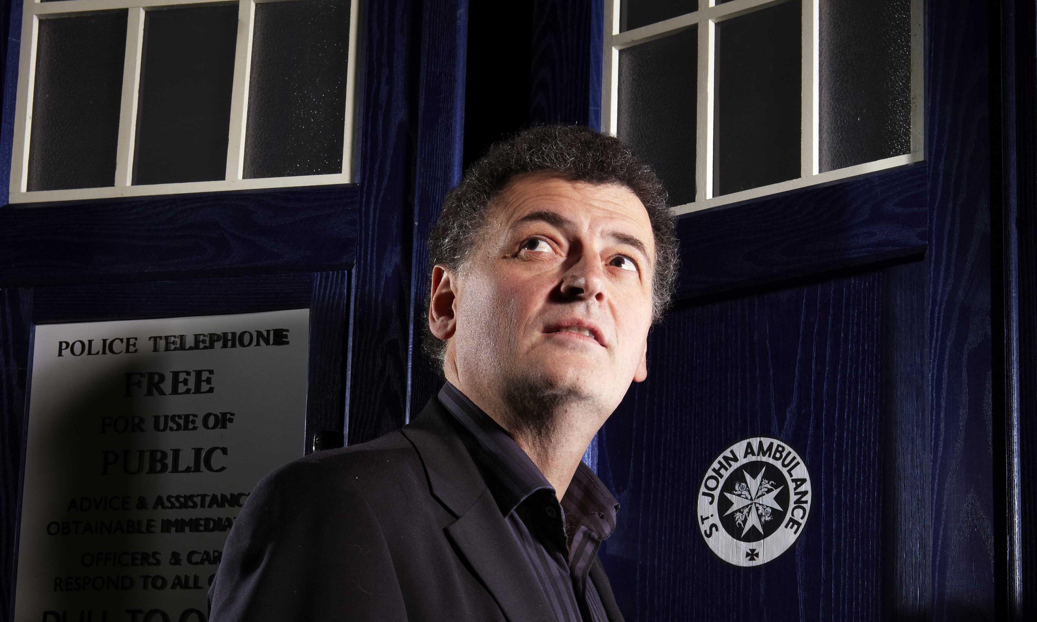 Steven Moffat el productor de la nueva serie Más Allá del Tiempo // Blogtor Who