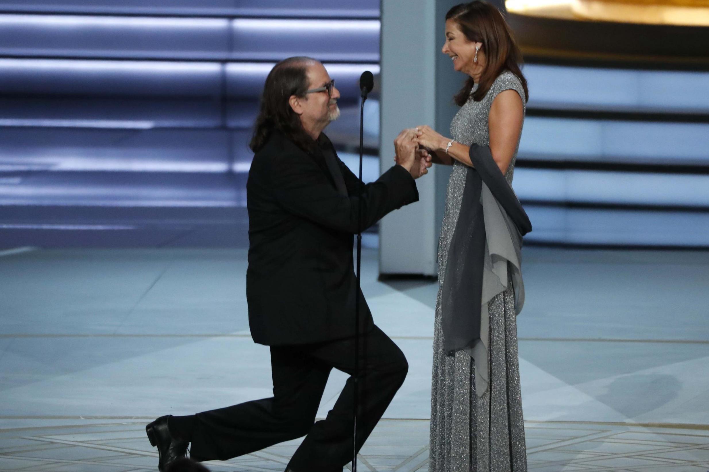 Glenn Weis y su prometida Jan en la gala de los Emmys // Evening Standard